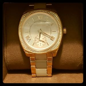 Michael Kors Womens Rose Gold Watch